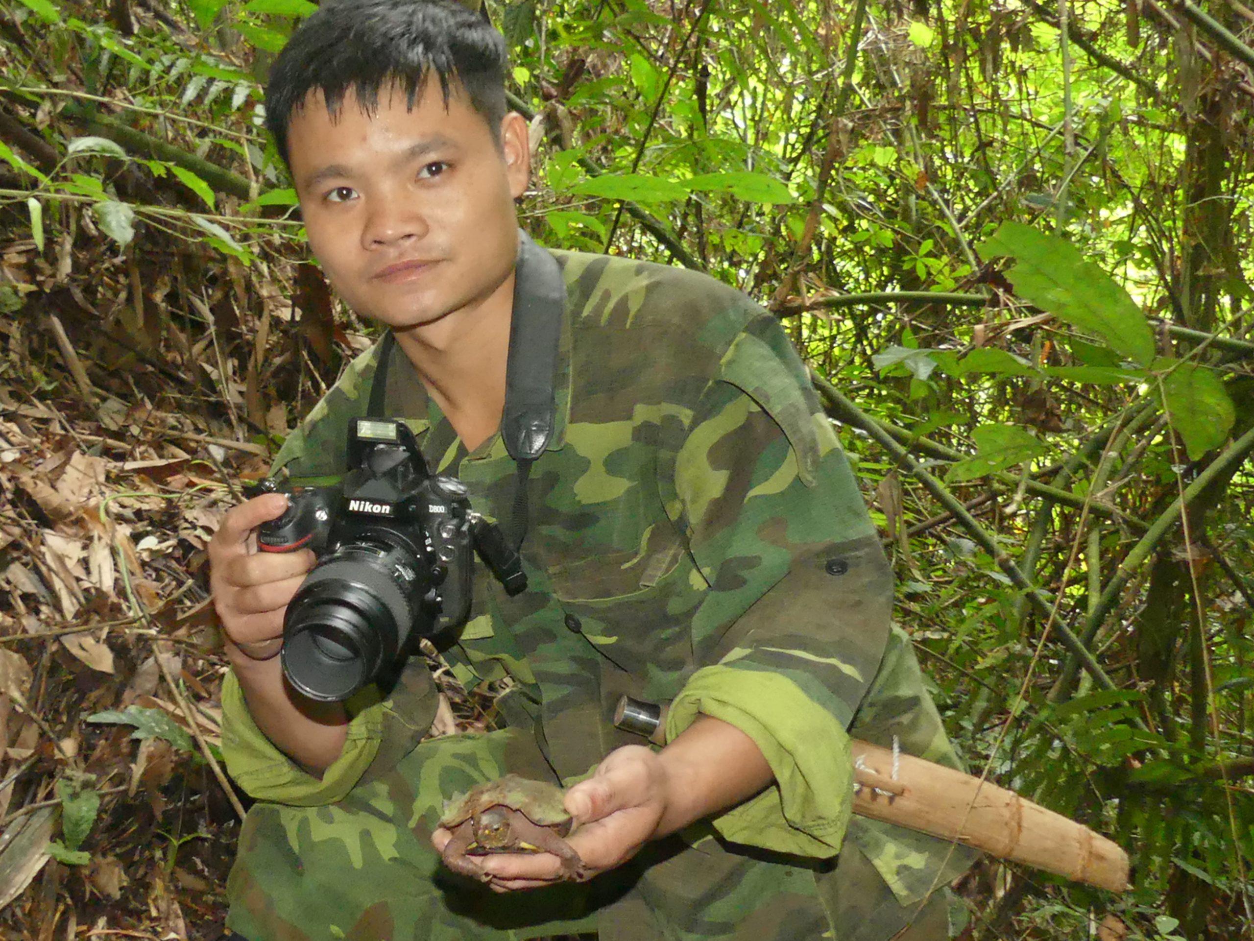 Thạc Sỹ Lò Văn Oanh